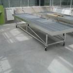 pěstební stoly s pohyblivou konstrukcí